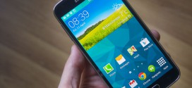 Build problems and risk of water damage for the Galaxy S5